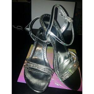EUC Rhinestone Slingback Glitzy Prom Heels